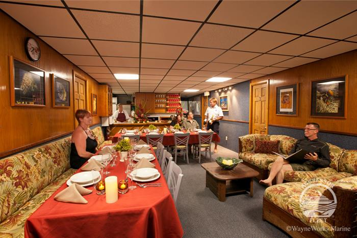 Dining Room - Kona Aggressor II