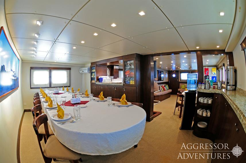 Dining Room - Okeanos Aggressor