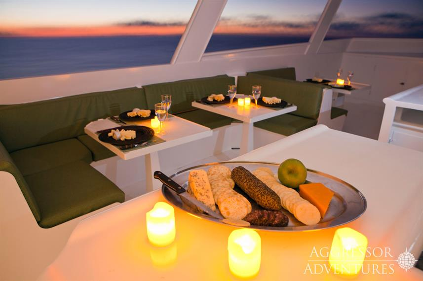 Outdoor Dining - Turks and Caicos Aggressor II