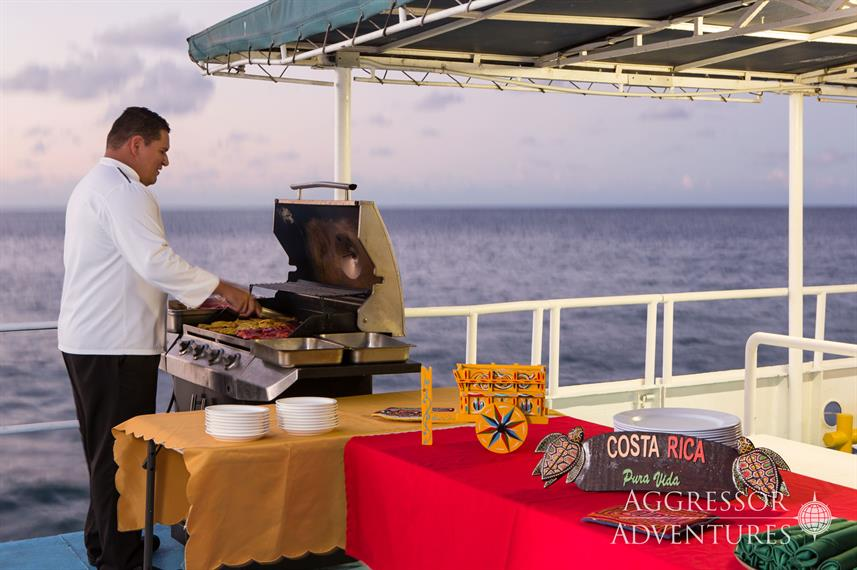 Outdoor Dining - Okeanos Aggressor II
