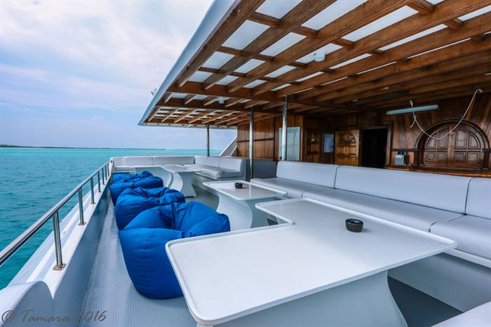 Outdoor Lounge - Amba Live Aboard
