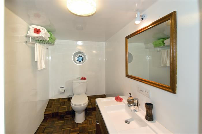 En-Suite Bathrooms - MV Carpe Vita