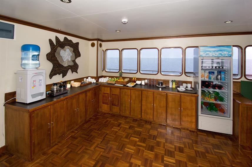 Indoor salon - Carpe Vita Liveaboard