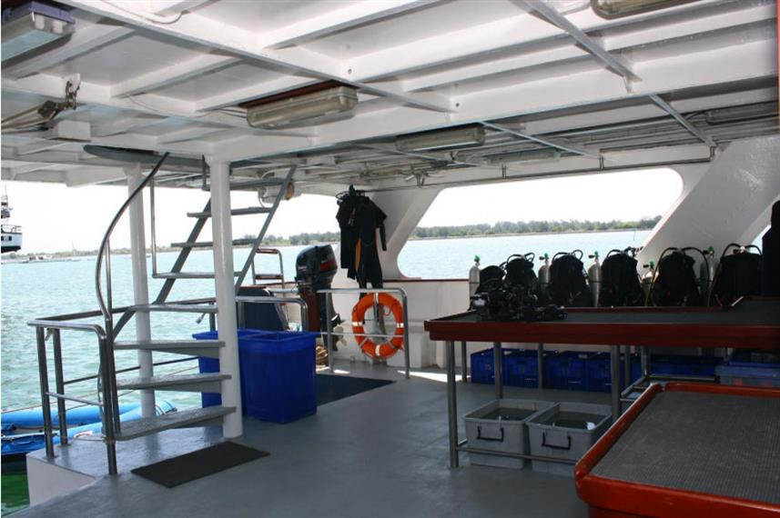 Spacious Dive Deck - Mermaid I Liveaboard