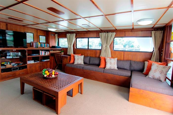 Indoor Lounge - Mermaid II Liveaboard