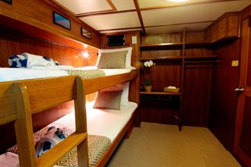 Mermaid II cabin
