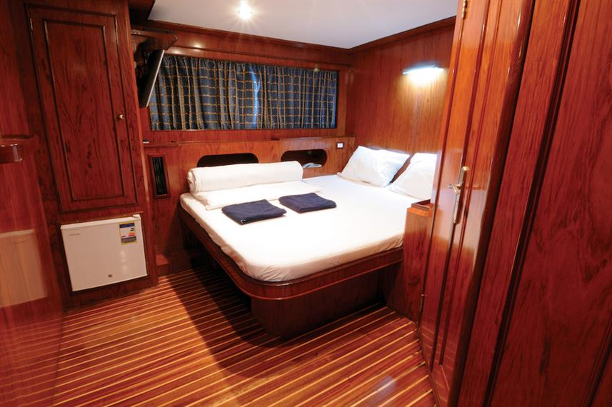 Double Cabin - Blue Horizon Live Aboard