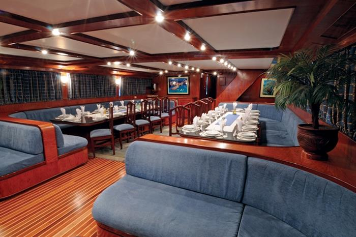 Salon area - Blue Horizon Liveaboard