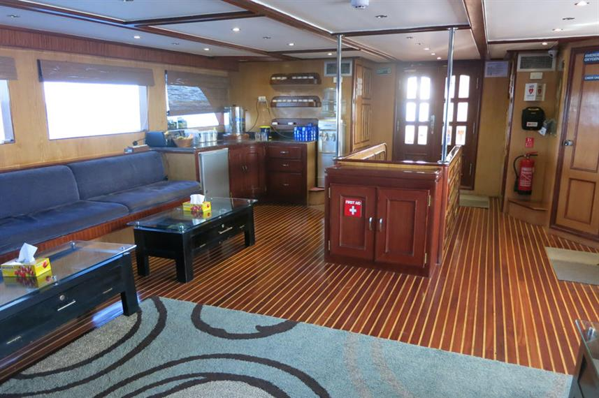 Salon interior - Blue Voyager