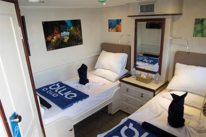 Twin Cabin - Blue Voyager