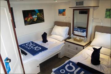 Superior Twin Cabin blue Voyager