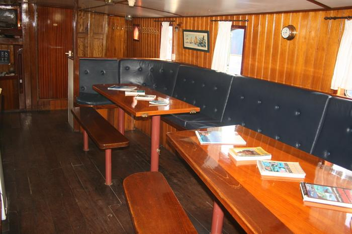 Dining salon - Sea Shell Liveaboard