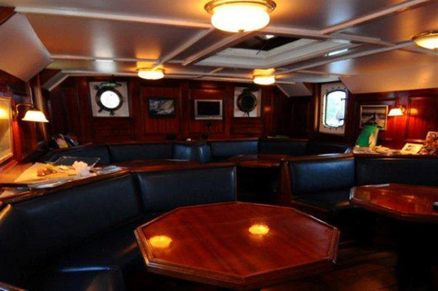 Salon area - Sea Shell Liveaboard