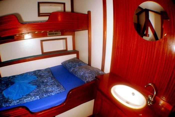 Double cabin + single bunk - Sea Pearl Liveaboard