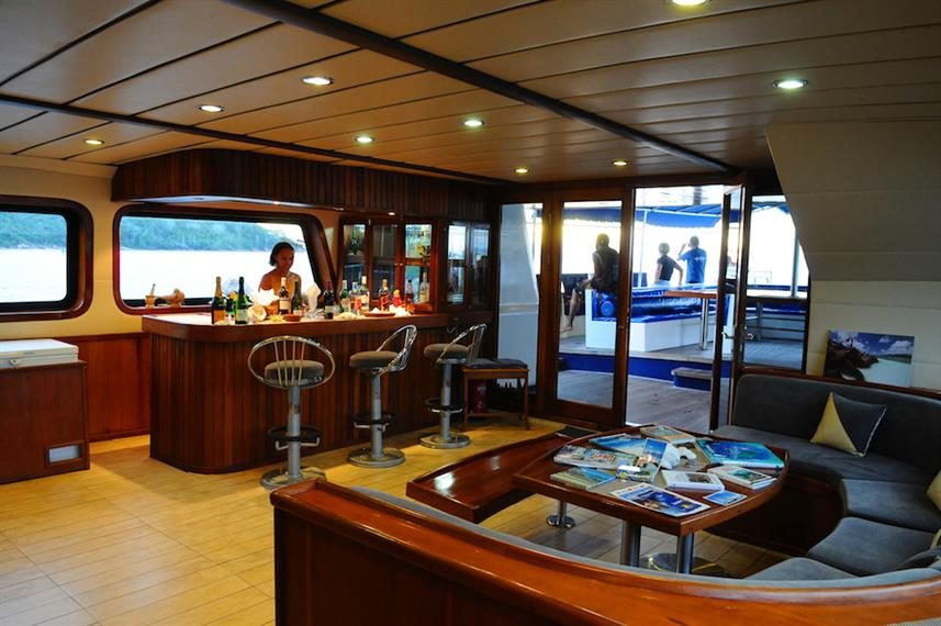 Bar - Sea Bird Liveaboard