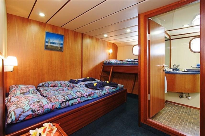 Sea Bird Liveaboard - Triple cabin with en-suite facilities