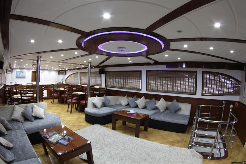 Bar and Lounge Area - Emperor Asmaa