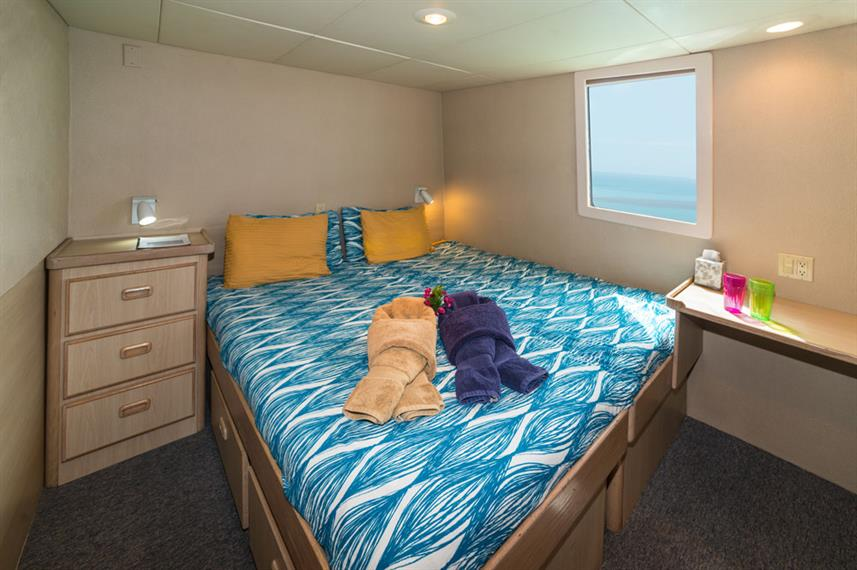 Double Cabin - Turks and Caicos Explorer