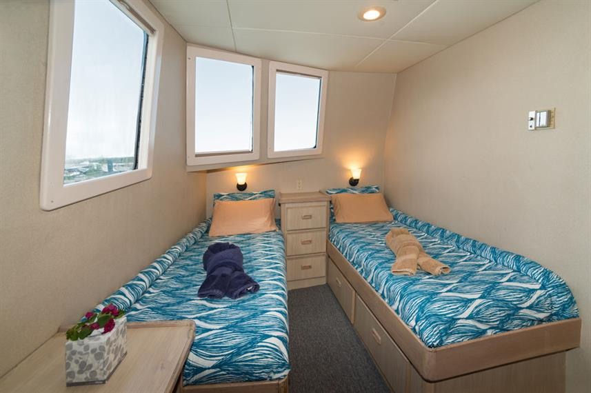 Twin Cabin - Turks and Caicos Explorer