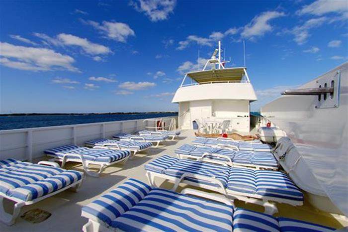 Turks and Caicos Explorer II Sun deck
