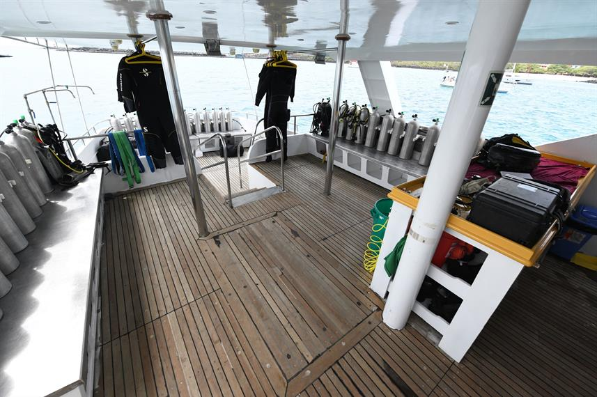 Dive deck - Humboldt Explorer