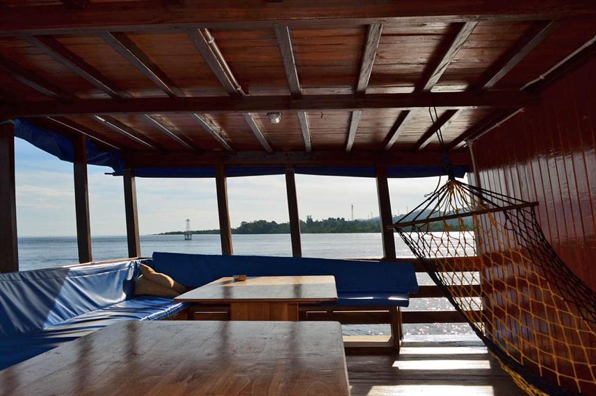 Upper deck relaxation area - Sunshine Liveaboard