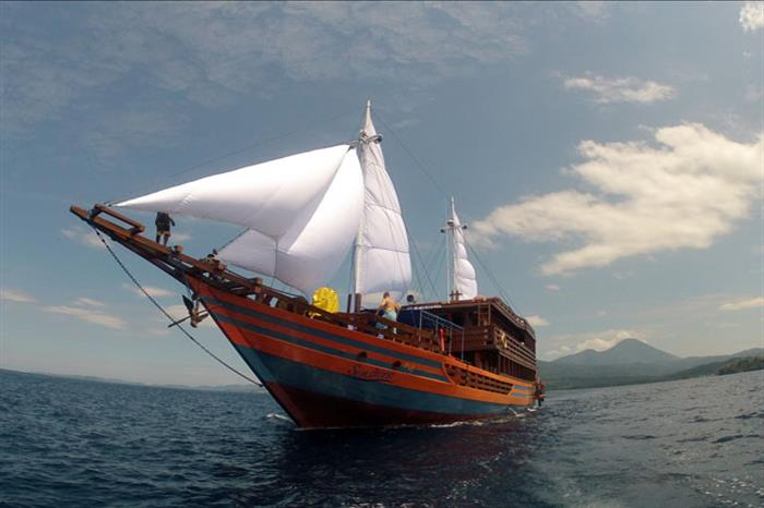 Sunshine Liveaboard Indonesia