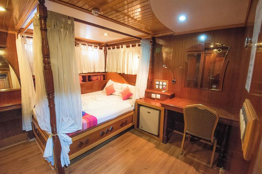 Double Cabin - Princess Dhonkamana