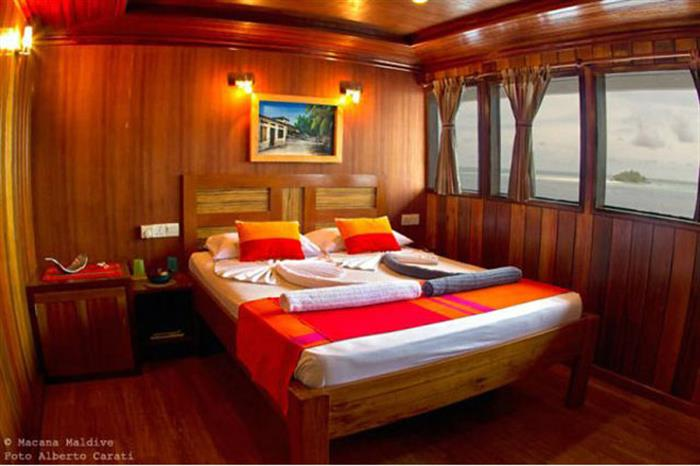 Upper deck cabin - Princess Rani