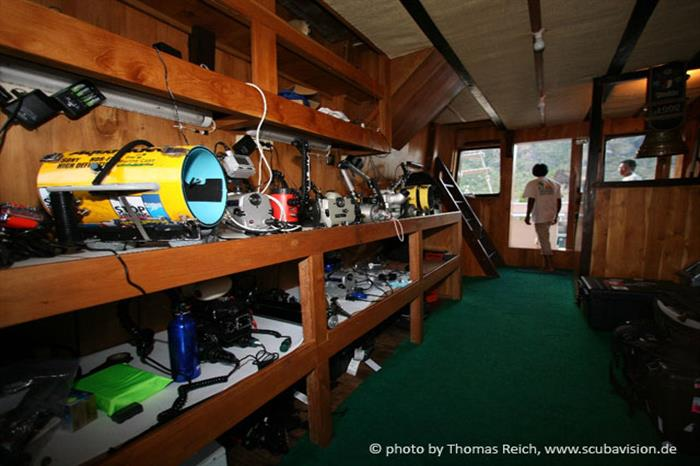 Camera room - Pindito Liveaboard Indonesia