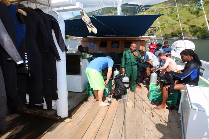 Spacious dive deck - Pindito Liveaboard