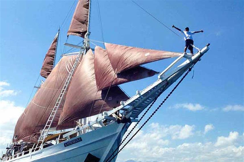 Traditional phinisi style Indonesian yacht - Katharina Liveaboard