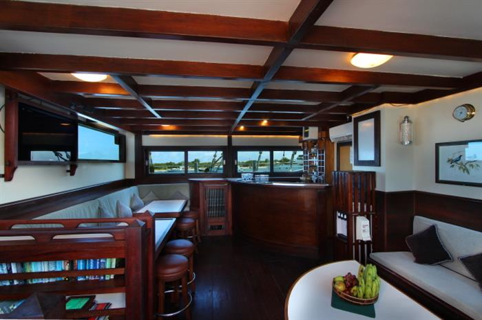 Lounge/Salon for relaxing - Katharina Liveaboard