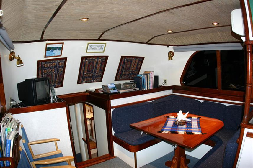 Salon interior - Ocean Hunter 1