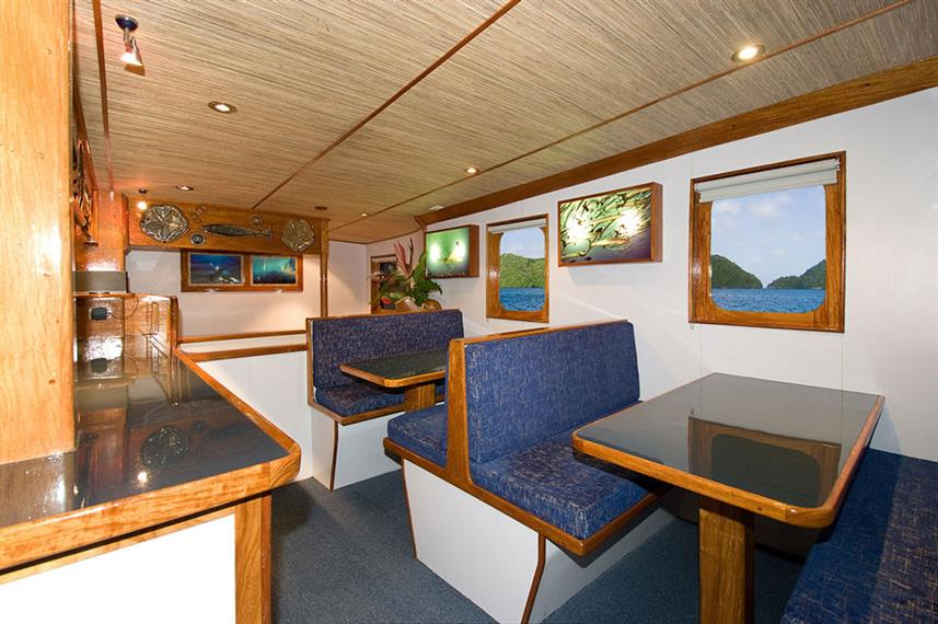 Dining Room - Ocean Hunter 3