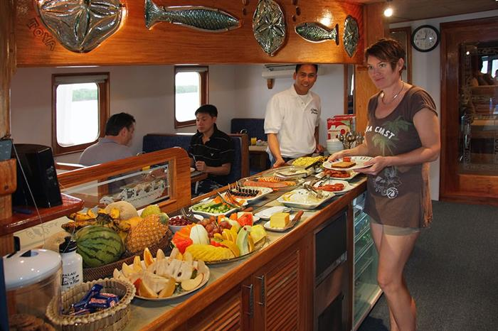 Buffet Area - Ocean Hunter 3