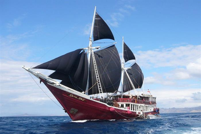 Seven Seas Liveaboard Indonesia