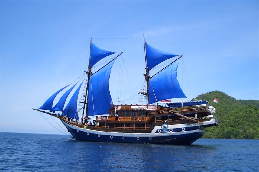Cheng Ho dive liveaboard Indonesia