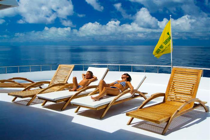 Sun deck relaxation - Conte Max