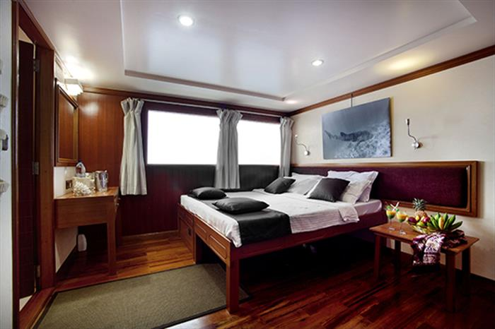 Double cabin - Duke of York Liveaboard