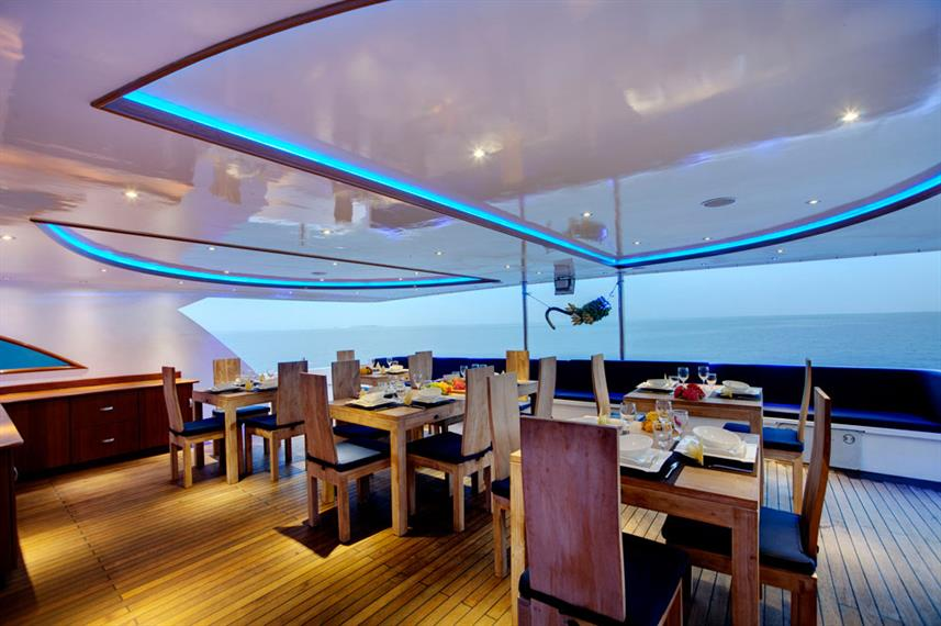 Dining Room - Duke of York Live Aboard
