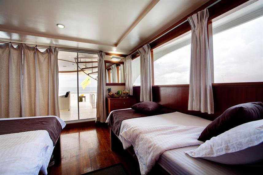 Twin Cabin - Duke of York Live Aboard