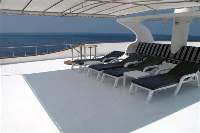 Spacious Sun Deck - Carpe Diem Liveaboard