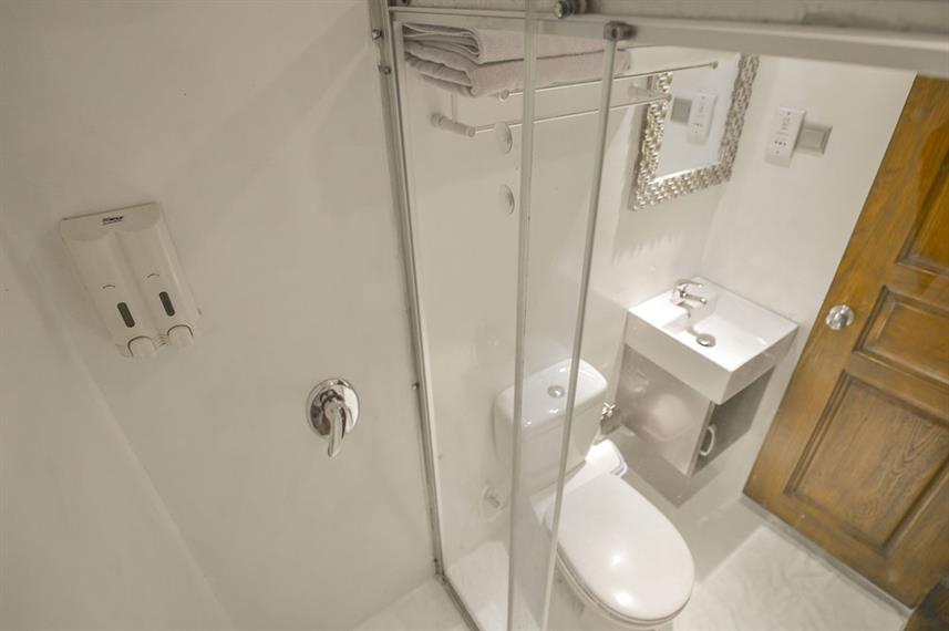 En-Suite bathrooms - Carpe Diem