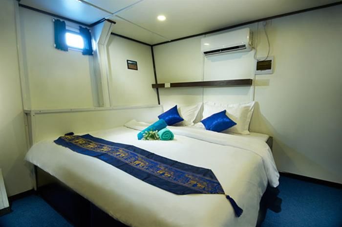 Double Cabin - Galapagos Master