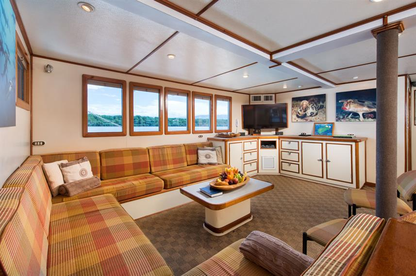 Salon interior - Sea Hunter