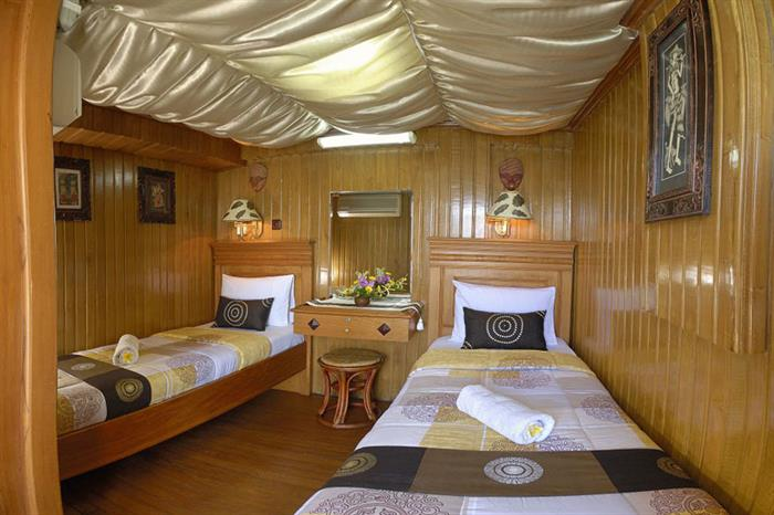 Lower twin deck cabins - Sea Safari VI Liveaboard
