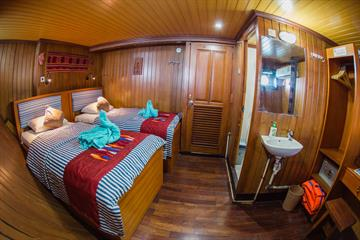 Lower Deck Twin Cabins
