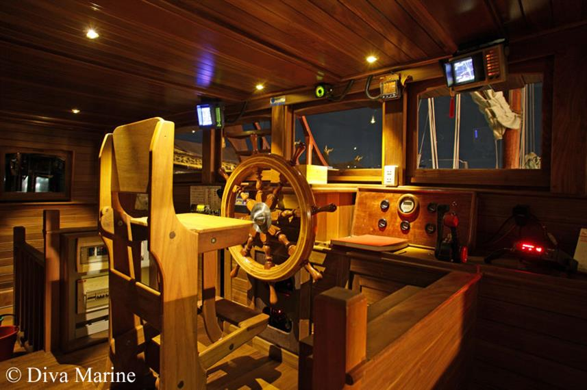 Captains Helm - Diva Andaman