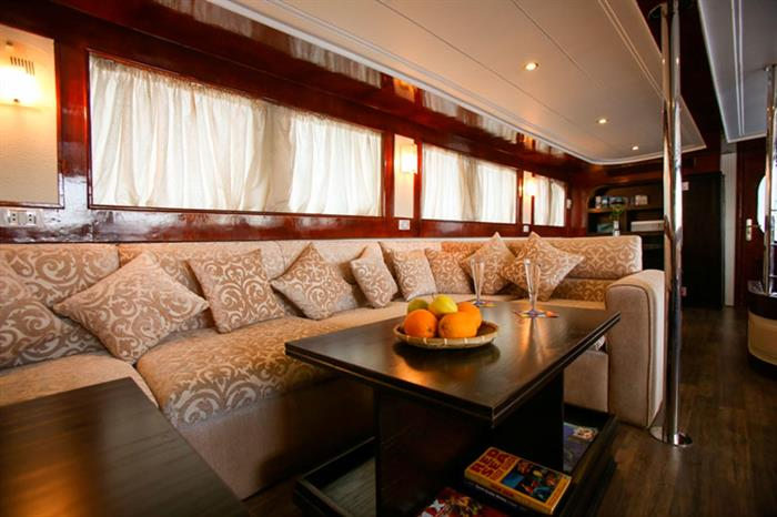 Comfortable relaxation area onboard South Moon Liveaboard